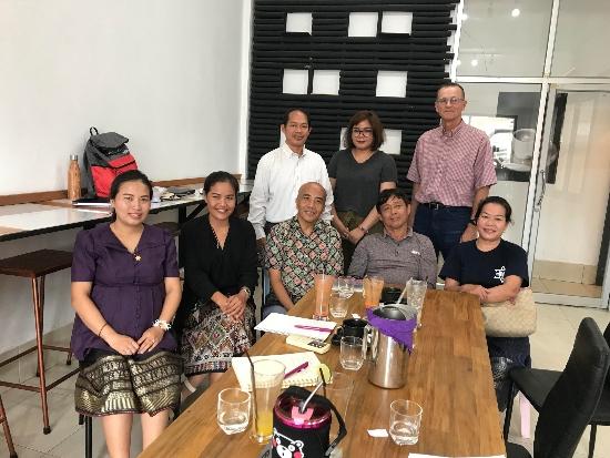 steve with lao pb team2